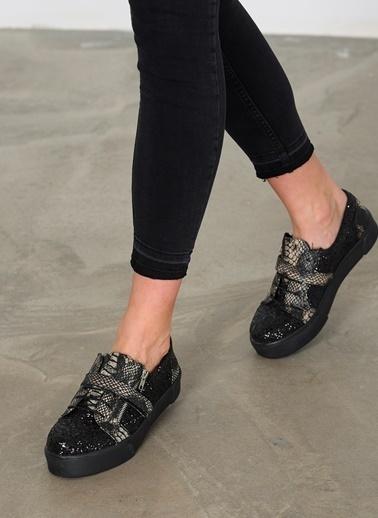 Bambi Sneaker Ayakkabı Siyah